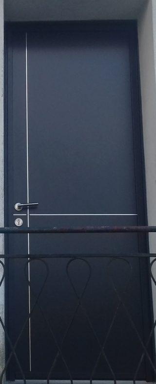 Porte d'entrée et fenêtre PVC PIERRET NIORT