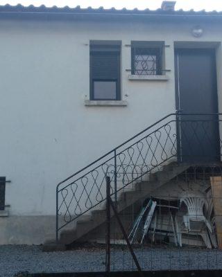 Porte d'entrée et fenêtre PVC PIERRET NIORT et volet roulant